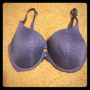 Victoria Secret 34DD Bra
